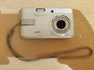 Live Samsung L Series L600 Compact Digital Camera and 1Gb