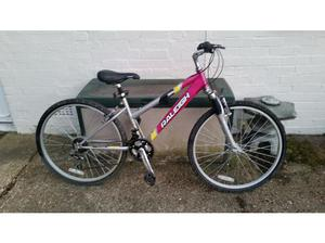 Raliegh Mink 18 speed 26 inch wheel mountain bike in