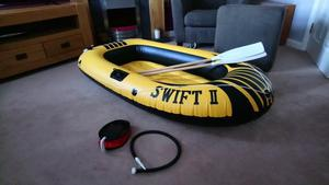 2 person inflatable boat, with oars and pump
