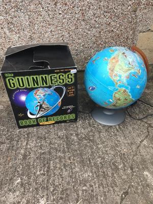 Illuminated globe