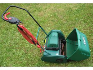 Qualcast CEM30 electric cylinder mower in Plymouth