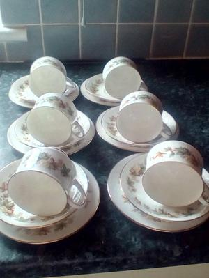 Royal Standard Fine Bone China 18 Pieces Lyndale