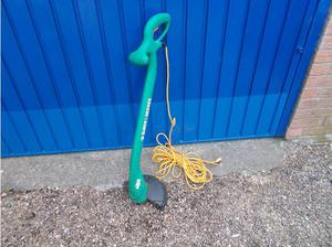 Electric Strimmer in Horncastle