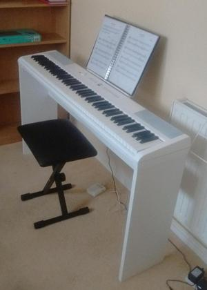Gear4Music SDP-2 Digital Piano
