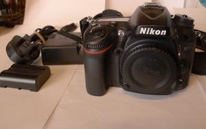 Nikon D Megapixel Digital SLR Camera Body Only Black (low shutter count)