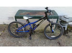 Specialized hotrock 5 speed 20 inch wheel boys mountain bike