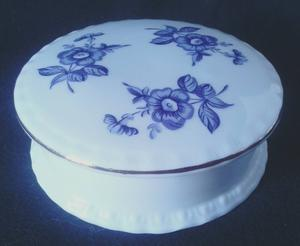 VINTAGE ROYAL VALE FINE BONE CHINA LIDDED TRINKET BOWL