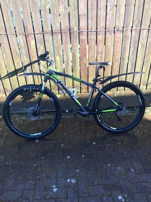 Giant Talon Aluxx  Series Mountain Bike