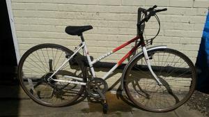 Ladies Raleigh Pioneer Hybrid Bike