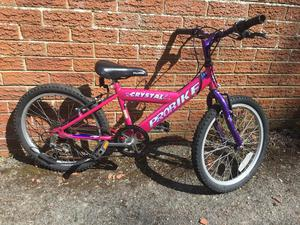 Girls 20 inch wheel bike