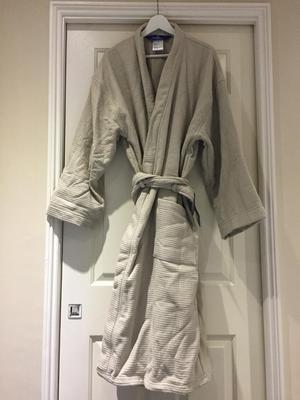 Villeroy and Boch bathrobe size L/XL brand new