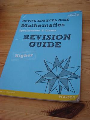 Revision Guide Mathematics. Revise EDEXCEL GCSE. Used but loads of wear left in it, very useful gui