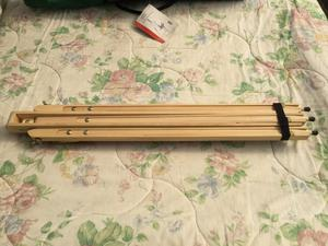 WOODEN EASEL with CARRY BAG. UNUSED