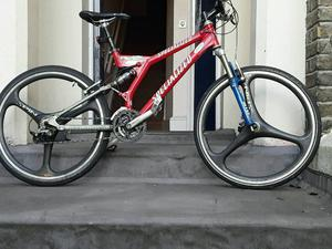 SPECILIZED S WORKS F S DOWN HILL BIKE SPIN MAG WHEELS SID FRONT forks Sid duel air shocks..