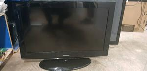 Samsung 32 inch HD TV + FREE DELIVERY