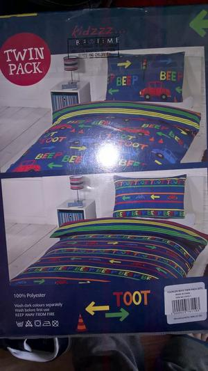 Twin pack Cars printed duvet sets-single, for sale