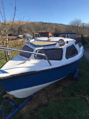 17.5ft day fishing boat 15hp engine all run excellent good trailer