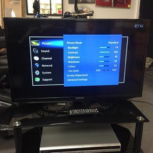 "32"" Samsung Full HD Ready P Digital Freeview LED TV"