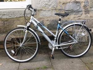 For sale - Raleigh Pioneer Metro GLX Womens Hybrid Bike