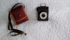 """Vintage VP Twin Bloomed """"Bolco"""" Lens camera and original case"""