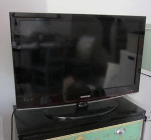 "Samsung Smart TV LE32R7 32"" LCD Television, used with"