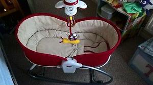 Tiny Love 3 in 1 Rocker Napper, Moses Basket and Seat