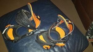 Like new Drake snowboard bindings. Orange and black. Medium.