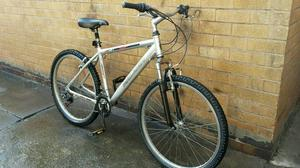 Mens front Suspension Raleigh Hardtail Mountain Bike in GOOD condition