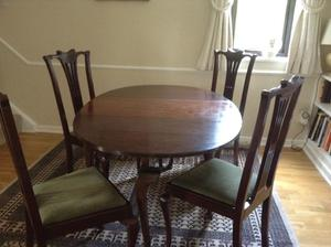 Queen Anne style dining table and 4 chairs