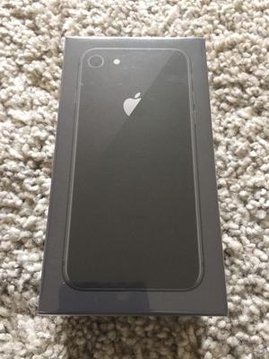 BRAND NEW IPHONE 8 BOXED 64gb