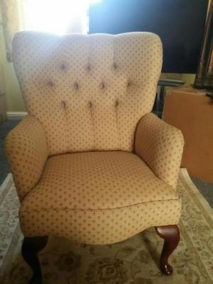 Beautiful Queen Anne Chair