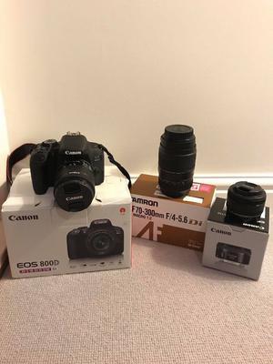 Canon EOS 800D DSLR **BUNDLE - LIKE NEW *
