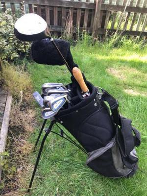 Regal Golf Clubs, bag & umbrella