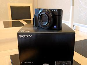 Sony DSC-RX100 Camera +Accessories - Immaculate Condition Fully Boxed