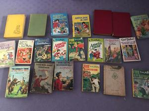 Bundle of vintage Enid Blyton books