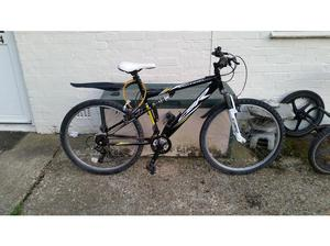 CBR Sentinal 18 speed 26 inch wheel mountain bike in