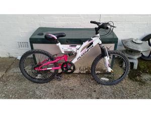 Muddyfox Recoil 20, 5 speed 20 inch wheel mountain bike in