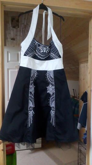 party/prom dress Black and White size 12