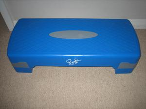 DAVINA MCCALL STEPPER, BOXED AS NEW, BLUE