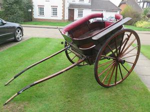 Horse drawn Governess trap carriage cart