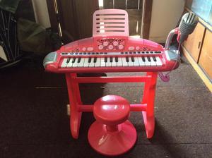 Toy Piano/Keyboard