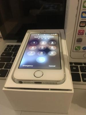 I phone 5 s 16 gb unlocked silver