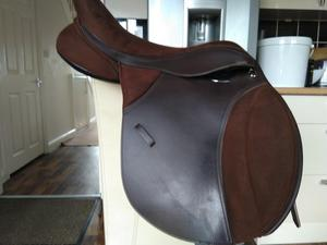 "Thorowgood t4 cob saddle adjustable 17"" brown"