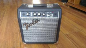 Fender amp Frontman 10g Excellent condition, Hardly used