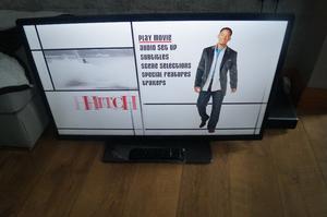 "40"" BUSH LED TV FULL HD SMART TV NETFLIX,YOUTUBE ETC,BBC iPLAYER,REMOTE HDMI FREEVIEW"