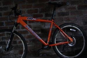 Mens Specialized Hard Tail Mountain Bike