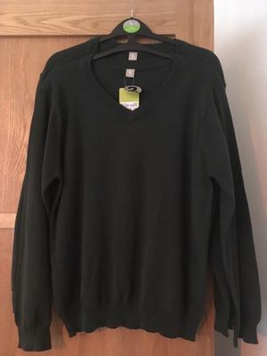 2 dark green unisex v neck school jumpers BRAND NEW WITH TAGS