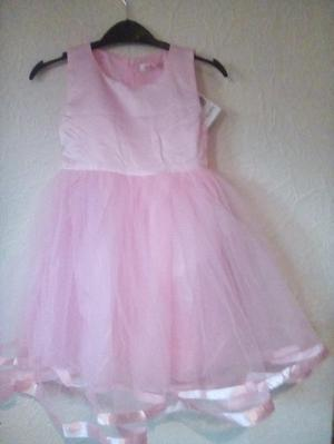 Girls pink princess/party dress age 3-4 years