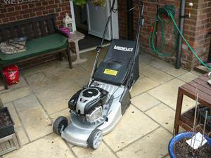 Lawnflite self propelled petrol mower