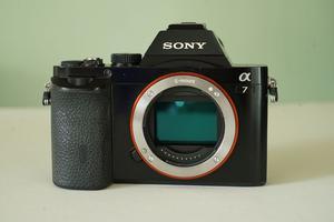Sony a7, E Mount, 35 mm Full Frame mirrorless camera